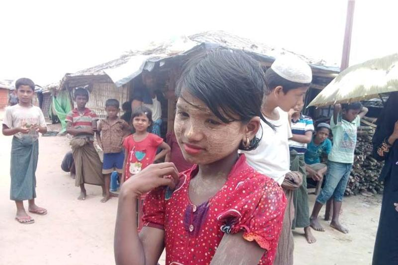 আনন্দ-বেদনায় রোহিঙ্গা ক্যাম্পে ঈদুল আজহা উদযাপন