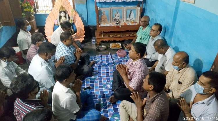 এমপি বাবু ও পৌর মেয়র সেলিমের রোগমুক্তিতে সেবাশ্রমে প্রাথর্না