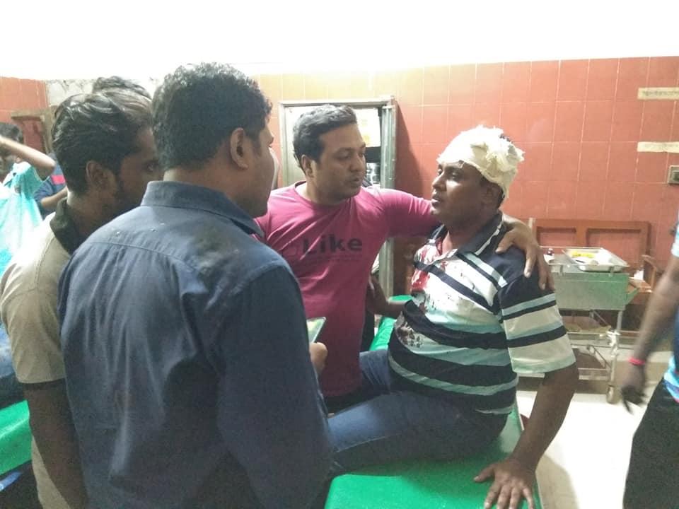 ঝিনাইদহ সদর এমপির পিএসসহ দুই জনকে কুপিয়ে জখম