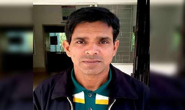 গৌরনদী মডেল থানার সুনাম ক্ষুন্নার্থে মরিয়া এস.আই হেলাল