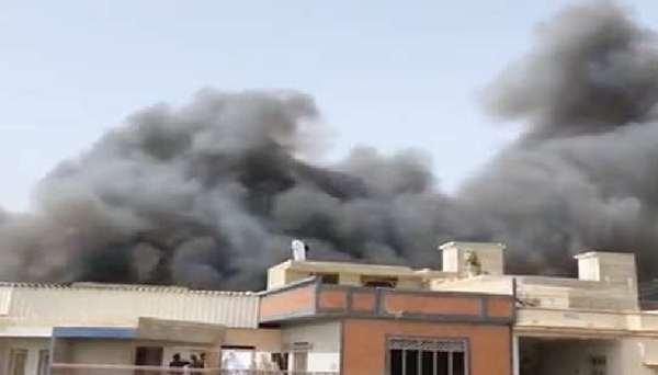 পাকিস্তান জাতীয় ক্রিকেট দলে করোনার ছোবল