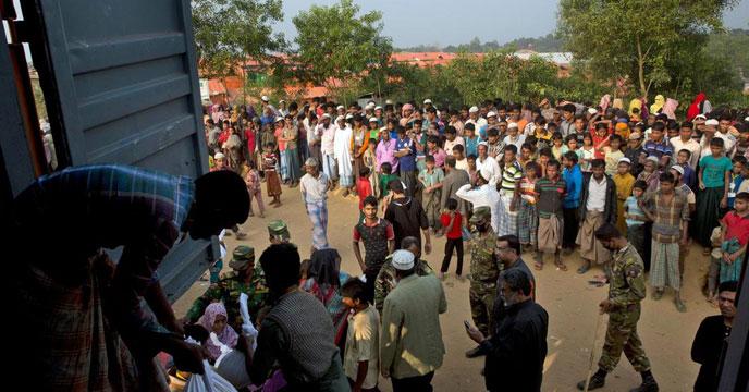 কক্সবাজারের কুতুবদিয়ায় গুলির শব্দে ঘুম ভাঙ্গে এলাকাবাসী