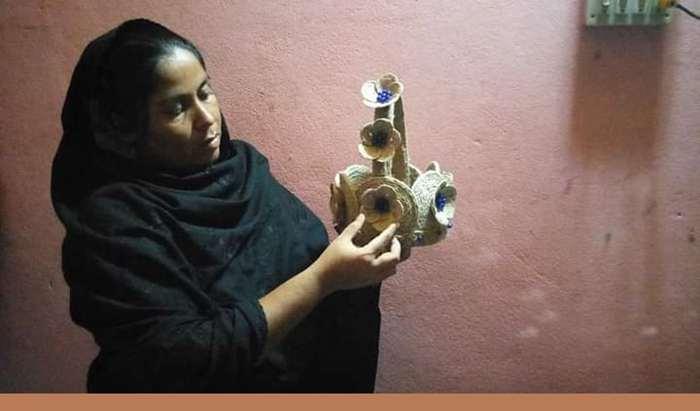 'স্বপ্ন ছিল আমি হস্থশিল্পের কাজ করে স্বাবলম্বী হব : ইতি