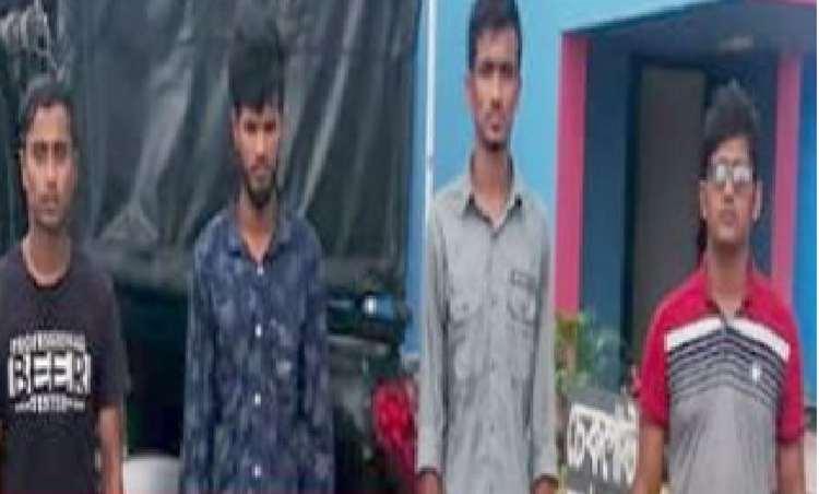 পটুয়াখালীতে ২ শিক্ষার্থীকে কুপিয়ে জখম, কিশোর গ্যাংয়ের গ্রেফতার ৪
