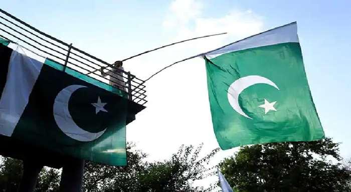 উগ্রপন্থী আচরণে নিষিদ্ধ হচ্ছে পাকিস্তানে ধর্মীয় রাজনৈতিক দল