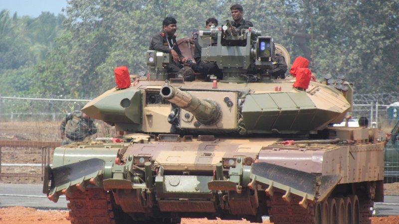 পাকিস্তান সীমান্তে ৪ শতাধিক টি-৯০ ট্যাংক মোতায়েন করবে ভারত
