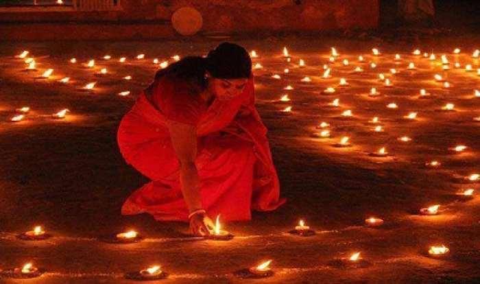 কুমিল্লা বিশ্ববিদ্যালয়ে (কুবি) দীপাবলি উৎসব
